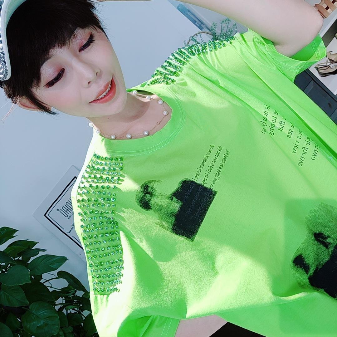 主调丝缇2019夏季新款韩版圆领短袖钉珠彩色重工套头T恤女装