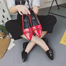夏季新款浅口平底单鞋女鞋红色小皮鞋漆皮平跟黑色尖头工作鞋瓢鞋