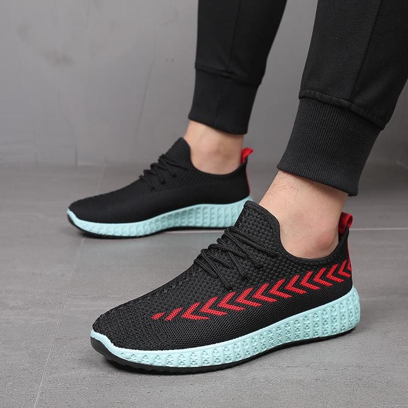 2020 الخريف الأحذية الرجالية عارضة الازياء الجديدة يطير الأحذية المنسوجة طبعة الرجال جوكر تنفس أحذية رياضية جيل من الدهون