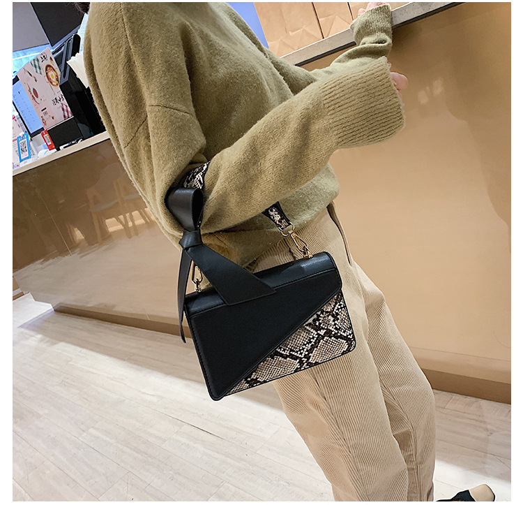 Polyester Korea  Shoulder Bags  (black)  Fashion Bags NHTC3326-black