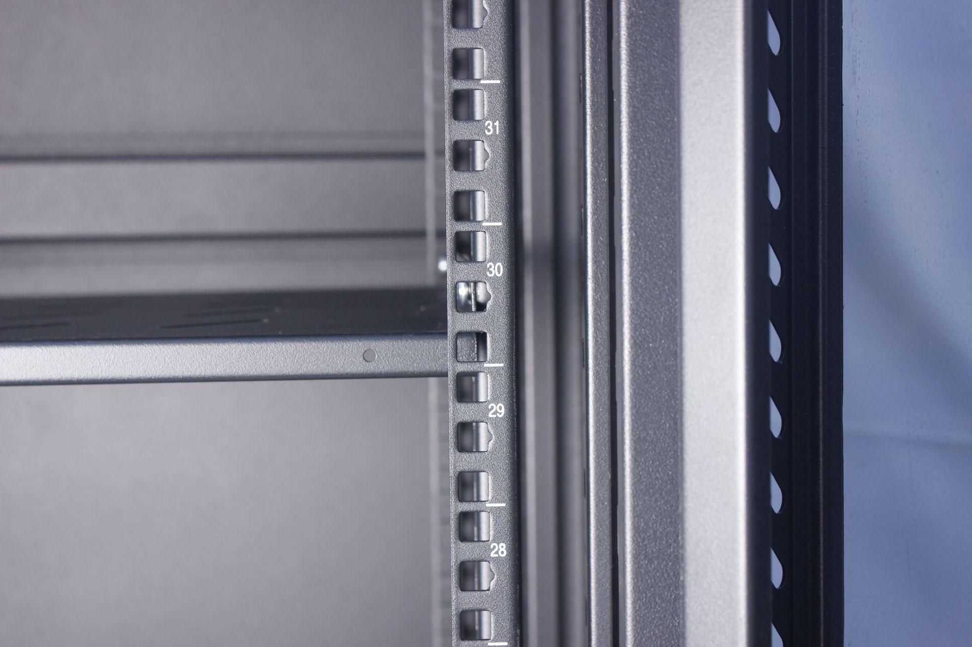 19寸机柜尺寸_标准服务器机柜_美度网络机柜 厂家直销42u标准服务器2米立式 ...
