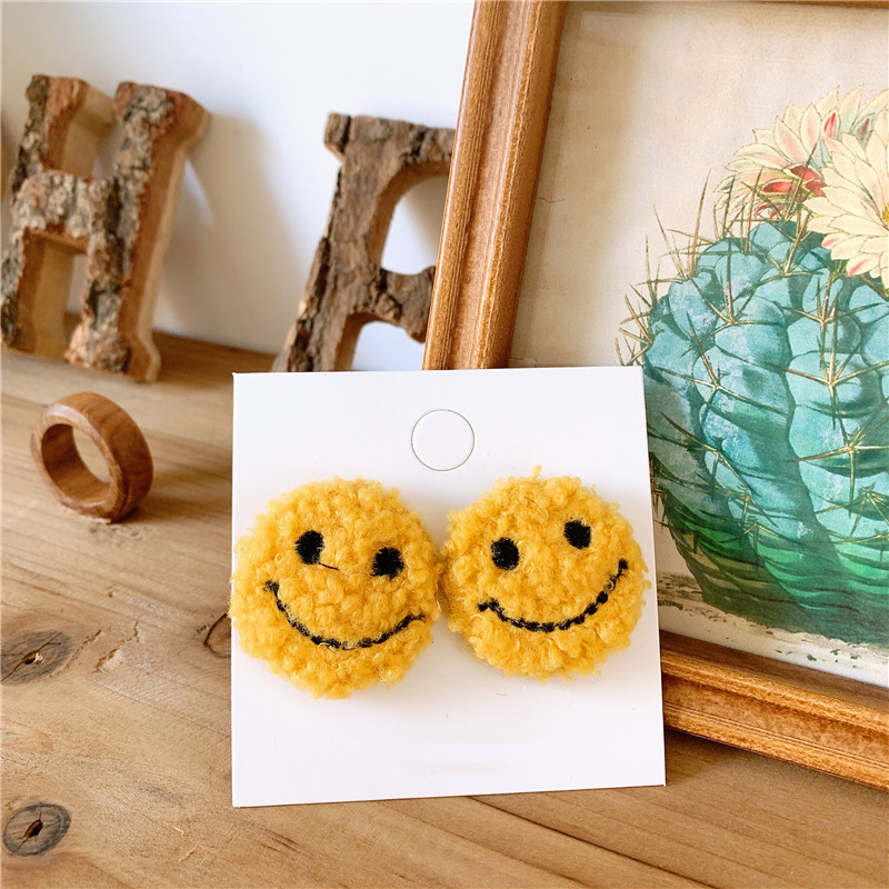 Wool suede face temperament earrings NHYQ174999