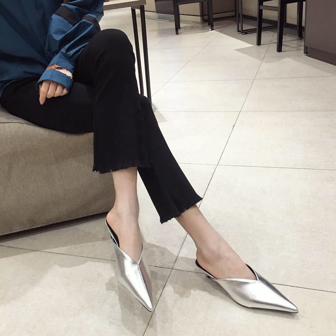 Wild and thin Baotou summer wear new pointed mid-heeled sandals cat and Mules shoes NHHU198550