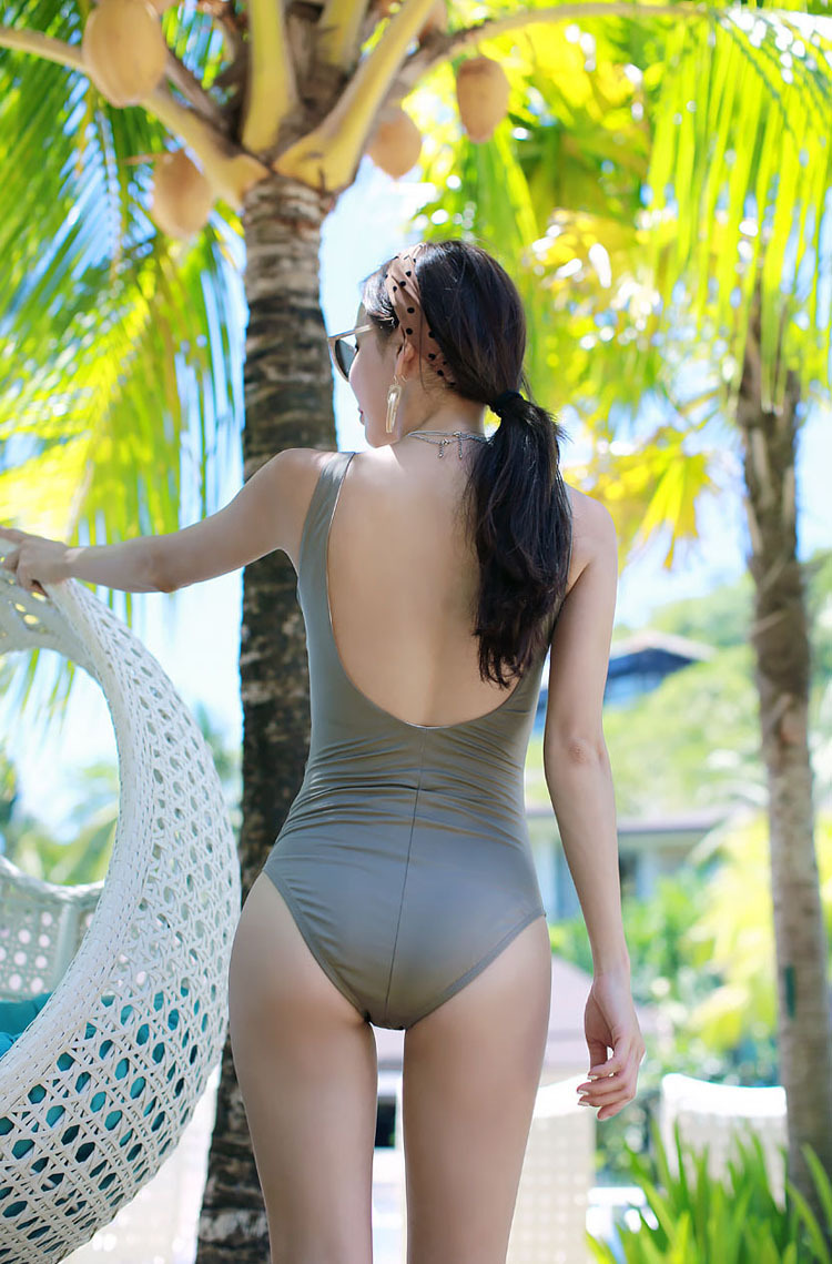 New Korean Glamour Sexy Slim One-Piece Swimsuit Vacation Spa Swimsuit NHHL204985
