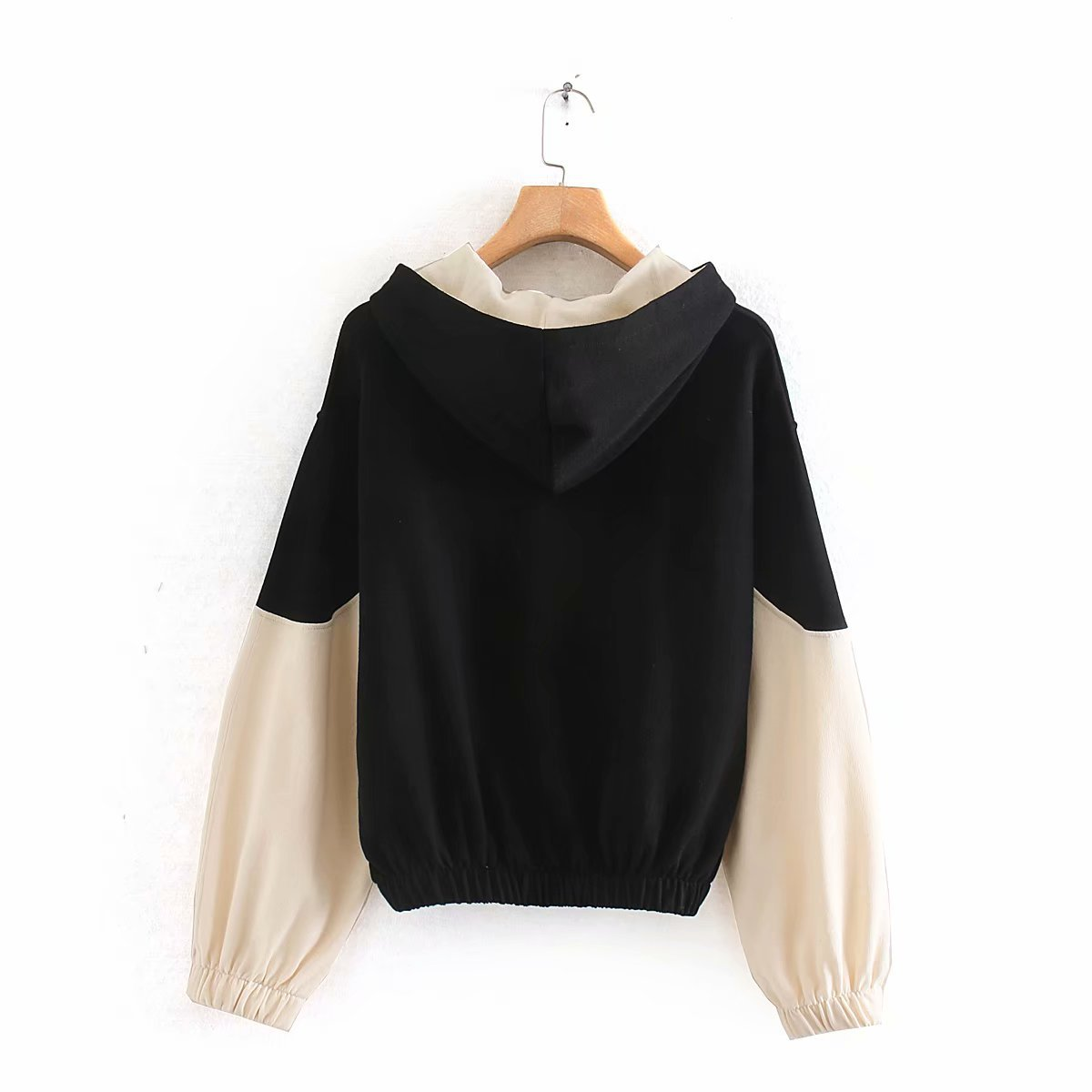 Wholesale winter color matching women's long-sleeved sweater top NHAM179948