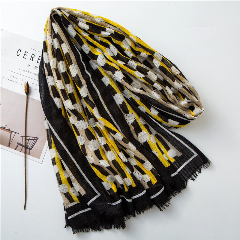 Cotton and linen scarves women's fashion yellow and black contrast color hand-painted graffiti raw shawl NHGD199199