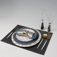轻奢装饰品室内家具餐台软装工艺品餐具套装摆件新款骨瓷餐盘摆台