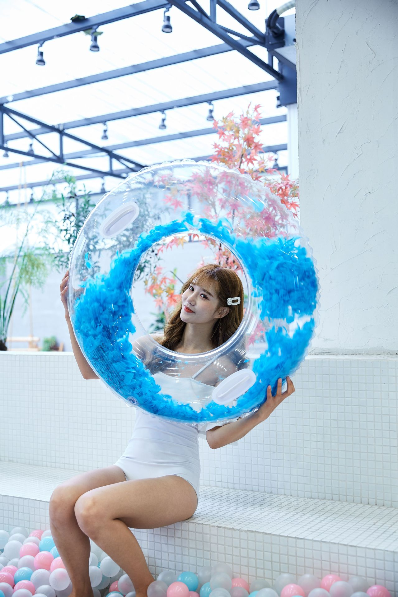 Adult thick PVC inflatable transparent swimming ring NHWW142512