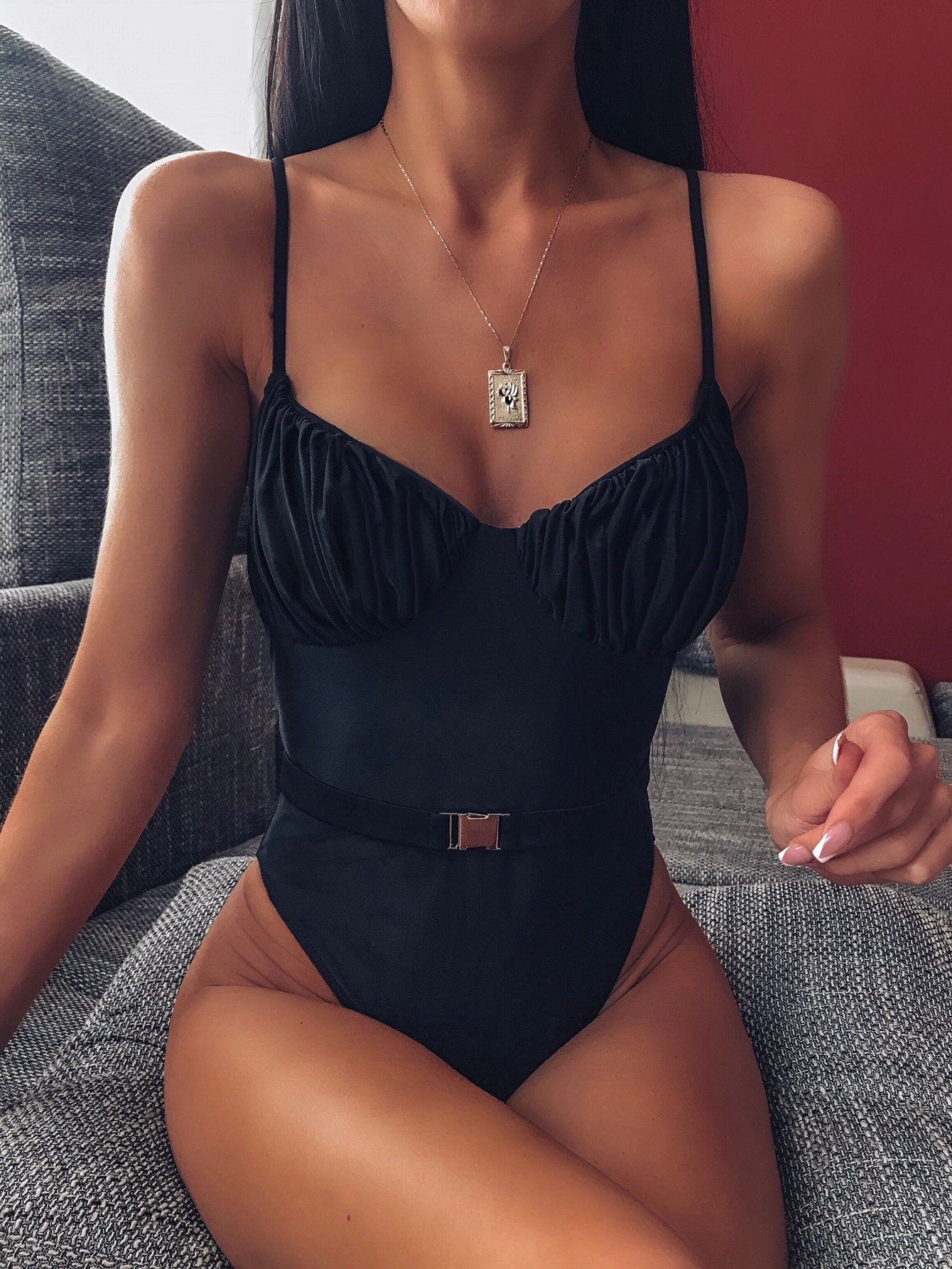 new hot style one-piece swimsuit solid color one-piece bikini with belt NSDA164