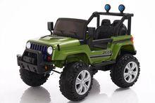 兒童可坐遙控電動汽車小孩四輪電瓶車搖擺童車一件代發