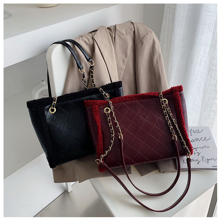 Fashion large capacity 2019 rhombic embroidery thread chain shoulder bag NHTC170521