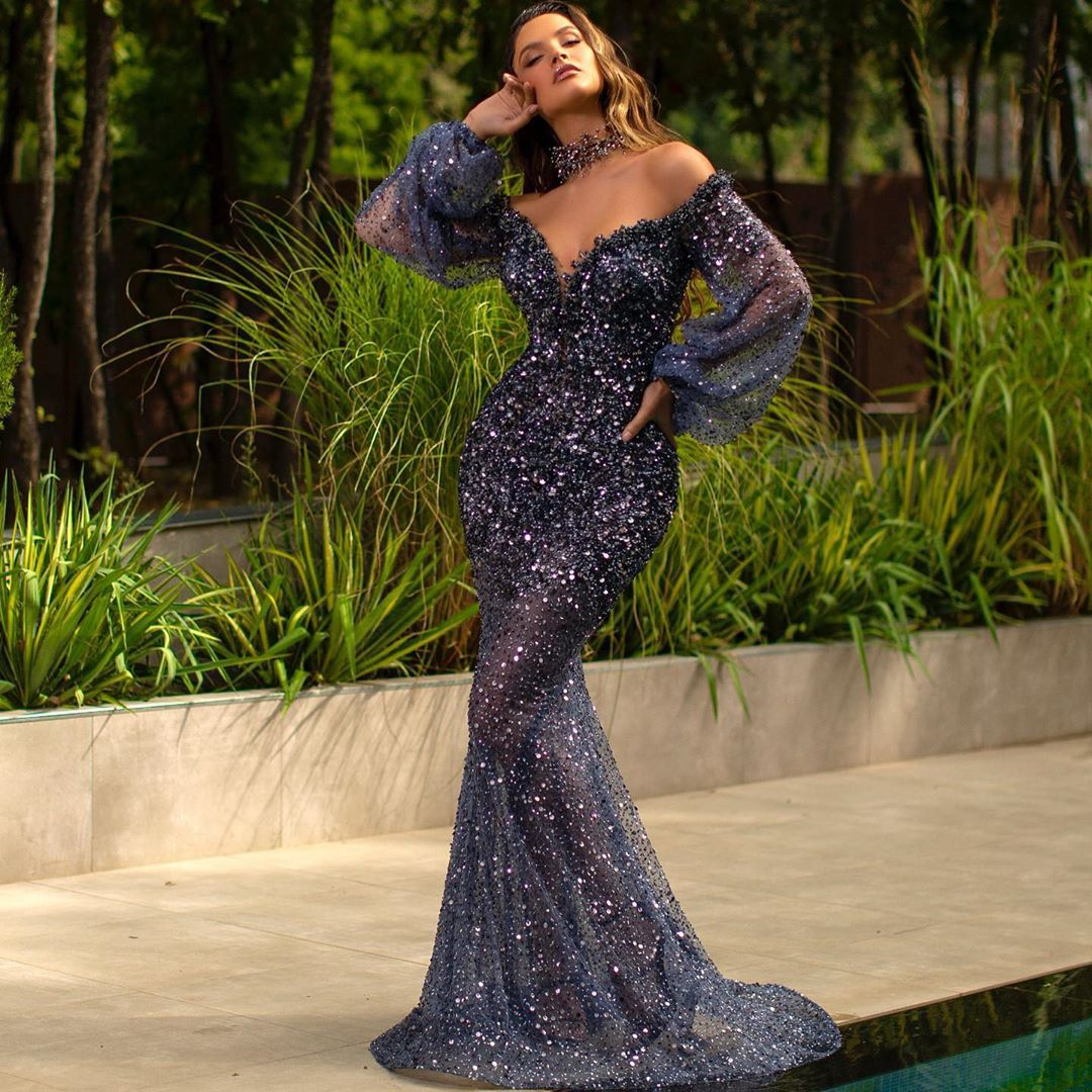 Fall 2020 new European and American women's foreign trade Amazon sequins bubble sleeve V-neck sexy slim evening dress new