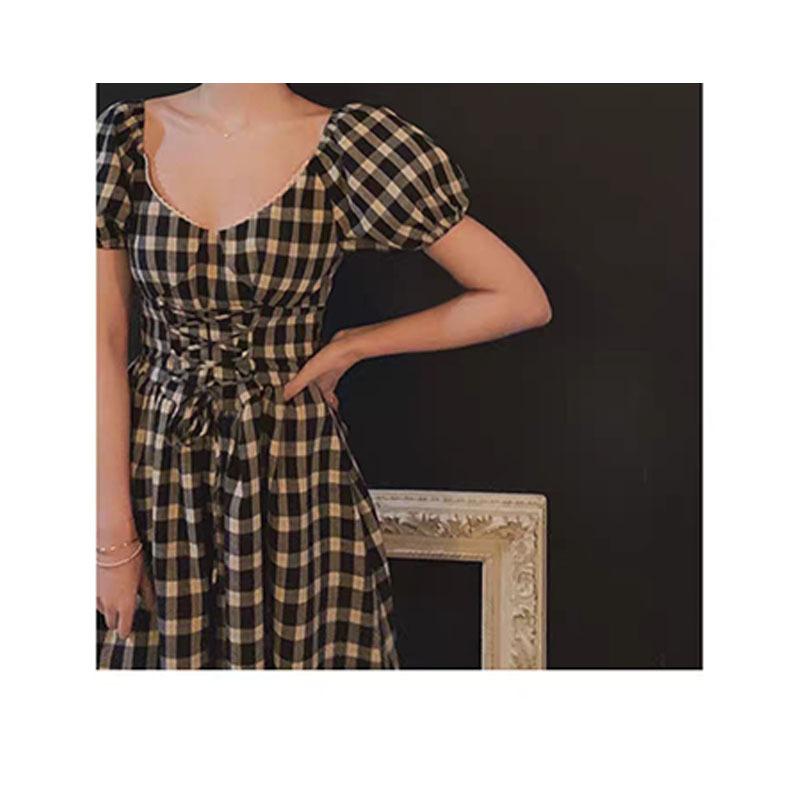 桃可了peachcola 法国宫廷风V领收腰显瘦长款复古小众格子连衣裙