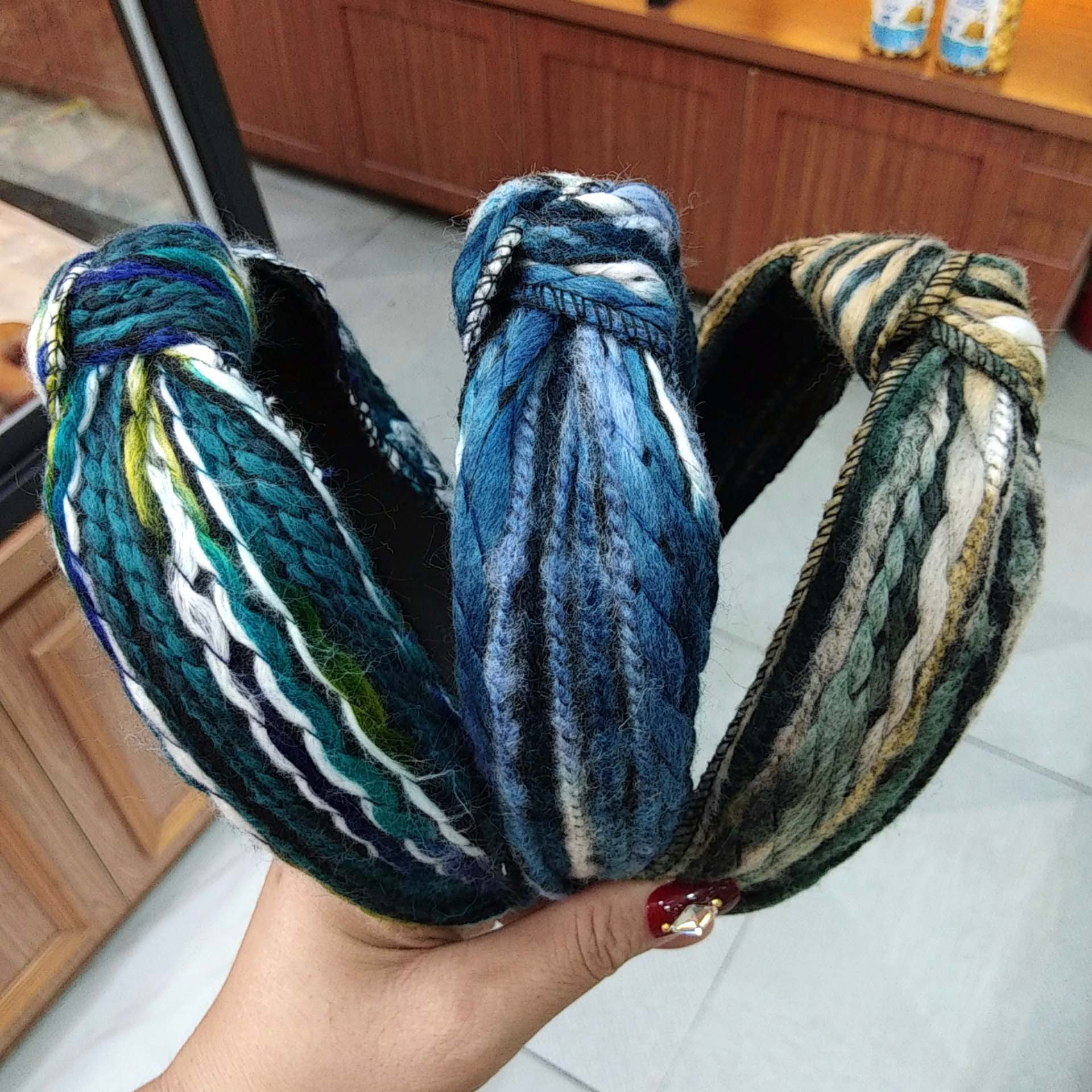 Korean fashion autumn and winter new mixed color wool knotted headband wideedge color strip hair accessories wholesale nihaojewelry NHUX222349