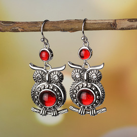 Fanrong  sells the New Retro Thai Silver Owl Earrings and ruby-inlaid engagement earrings in Europe and America