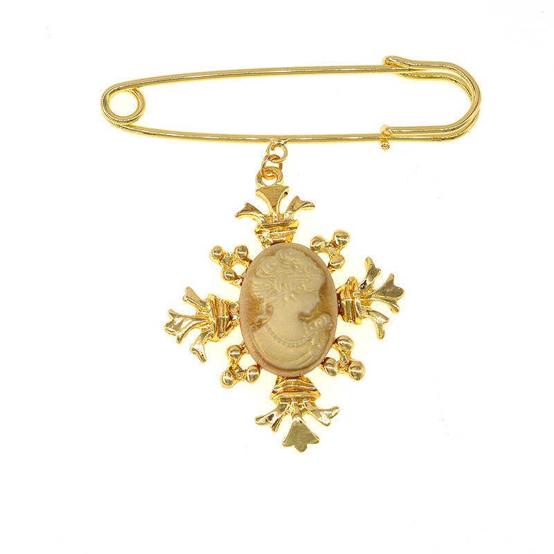Fashion Vintage Corsage Female Embossed Face Pin NHNT171069