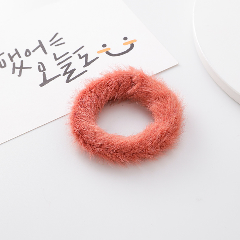 Anillo para el cabello de felpa de color NHMS154754