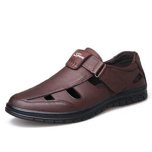 ស្បែកជើងបុរស Men Casual Sandals Leather Round Head Hollow Leather Shoes PZ810185