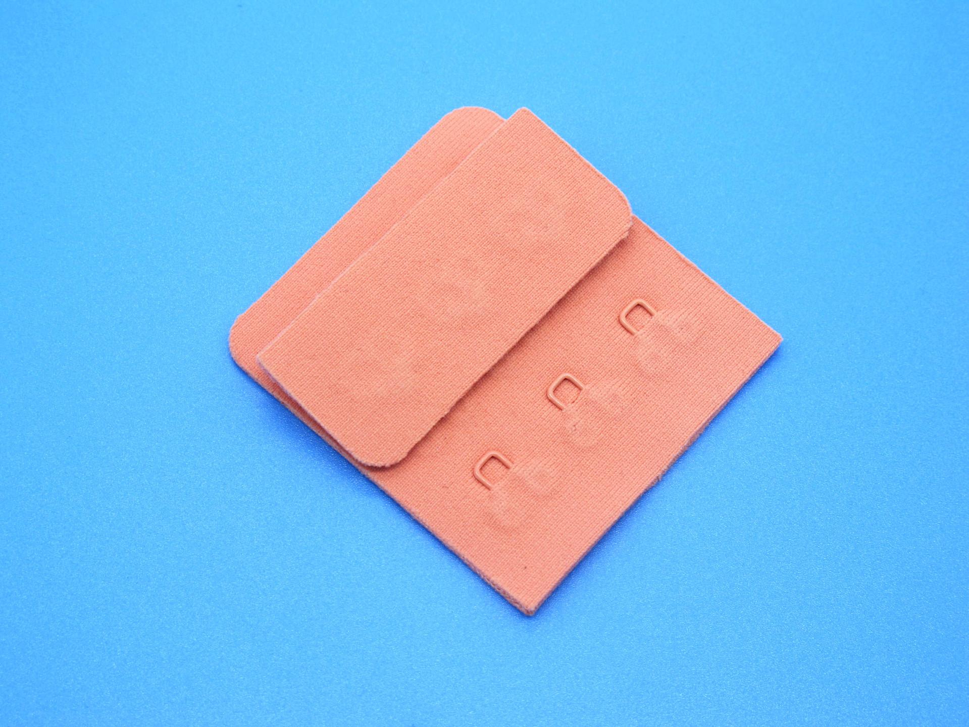 盐步工厂生产运动文胸内衣正反面隐形调节三排三扣后背扣