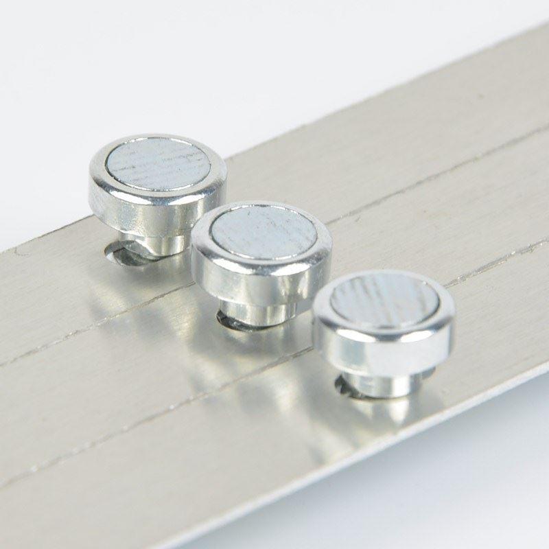 吸顶灯光源专用磁铁磁柱  磁力大 带螺丝   圆形 欢迎订购