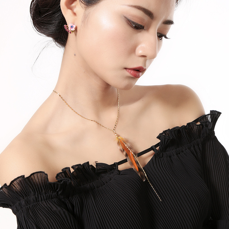 Womens feather-studded alloy Necklaces QD190430120040