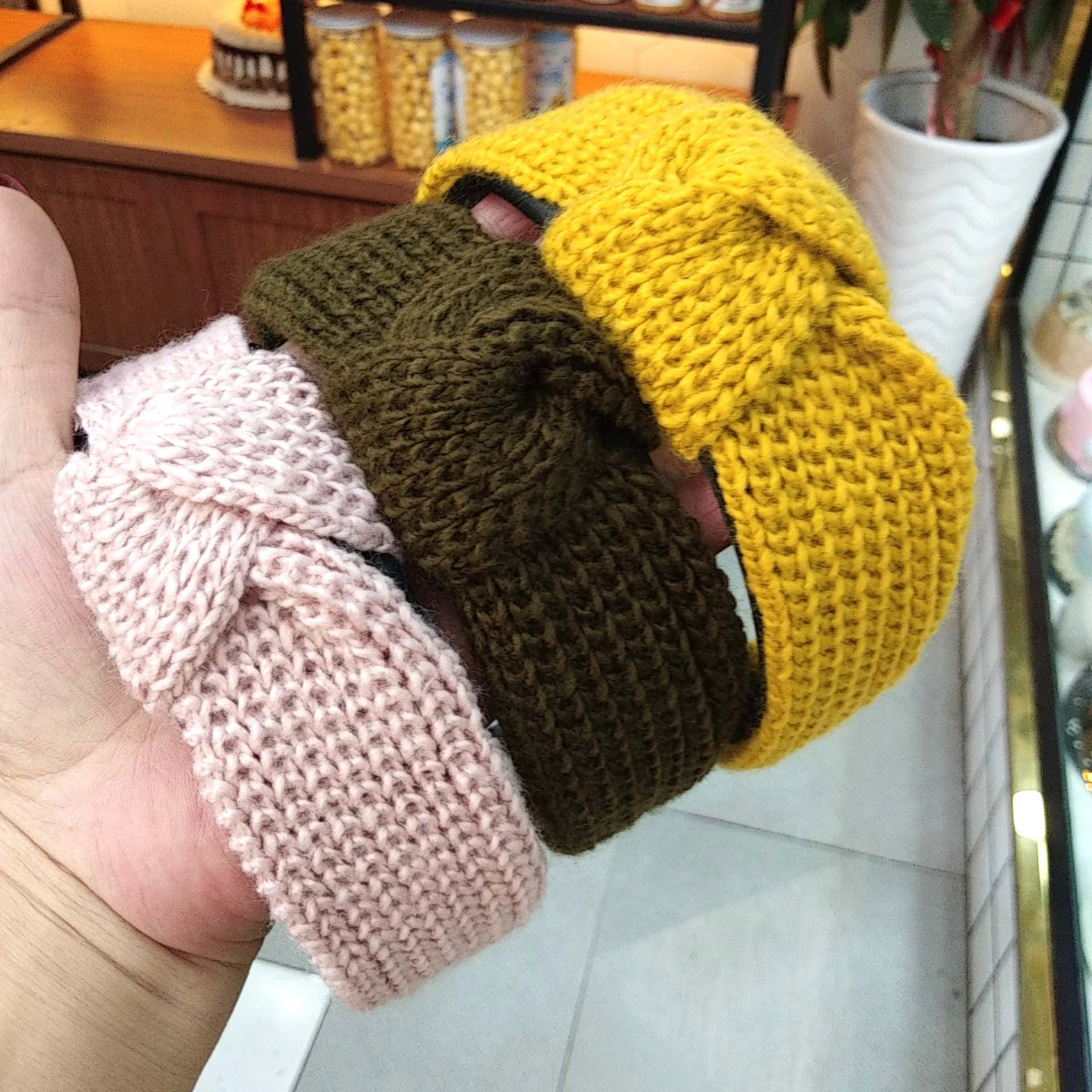 Korean fashion new knitted wool knotted headband wide-brimmed solid color simple hair accessories fashion wild headband ladies wholesale nihaojewelry NHUX222358