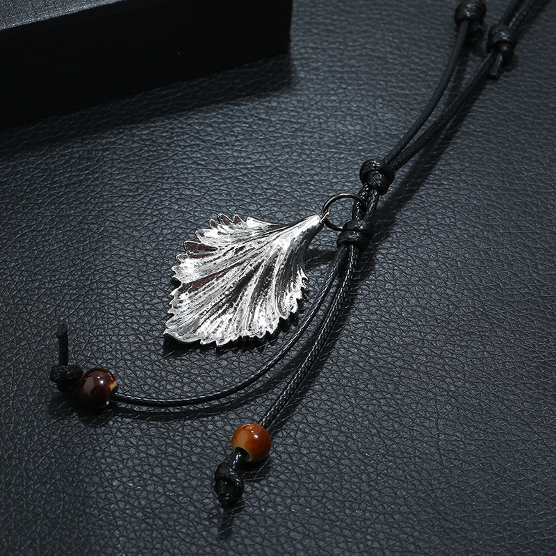 New accessories vintage leaf pendant necklace sweater chain long accessories NHPK182374