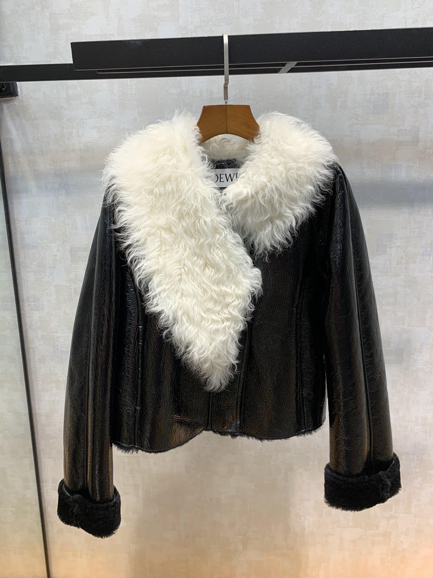 19年秋冬新款皮草一体澳洲羊漆皮皮毛一体明星机场同款时尚百搭潮