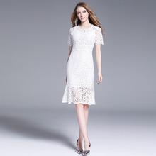 2019秋季新款拼接收腰中長款蕾絲短袖連衣裙女溫柔chic仙女裙
