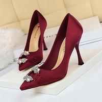 2272-1 European and American fashion elegant banquet women's shoes high heel silk satin drill metal button wedding shoes high heel shoes single shoes
