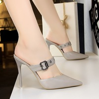 86-17 European and American retro women's shoes with high heel, shallow mouth, pointed hollow one-word belt, metal belt, buckle and bale head slippers