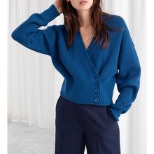 温柔而又时髦!OSV侧纽扣毛衣针织外套女秋冬新款蓝色开衫短款