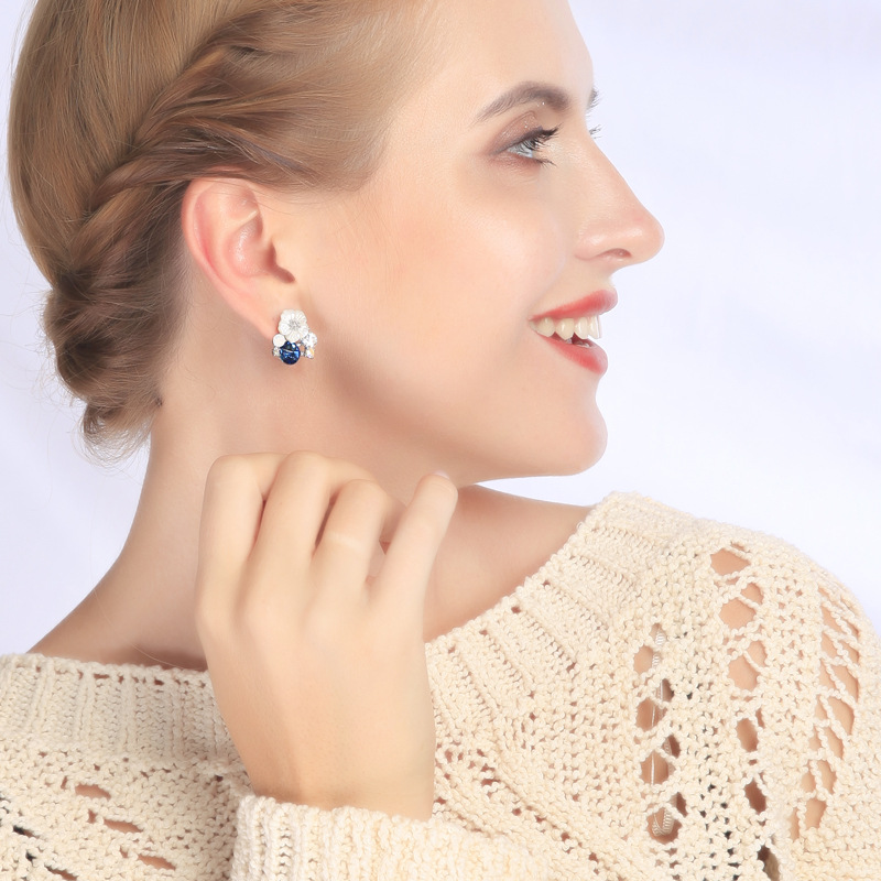 Fashion simple flower shell alloy earrings NHQD147856