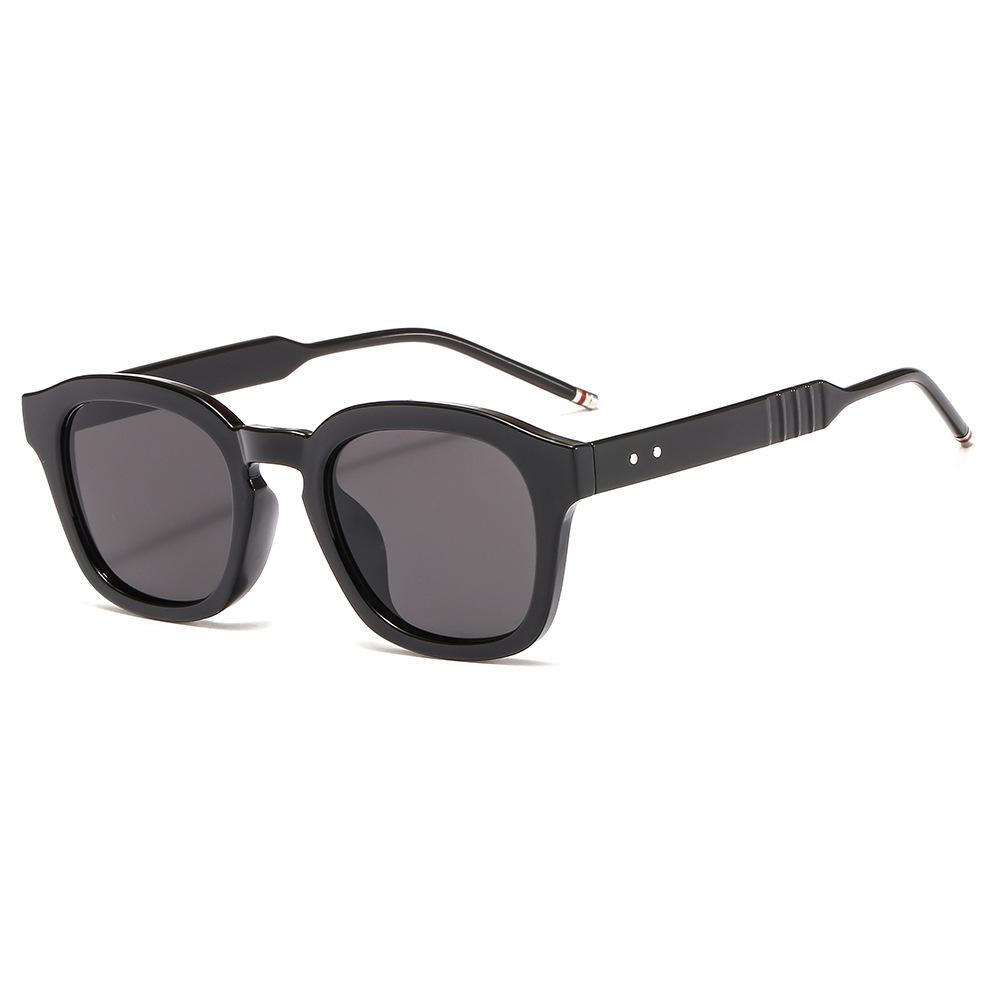 韩版时尚米钉太阳镜3317男女复古PC眼镜架 街拍墨镜方框眼镜批发