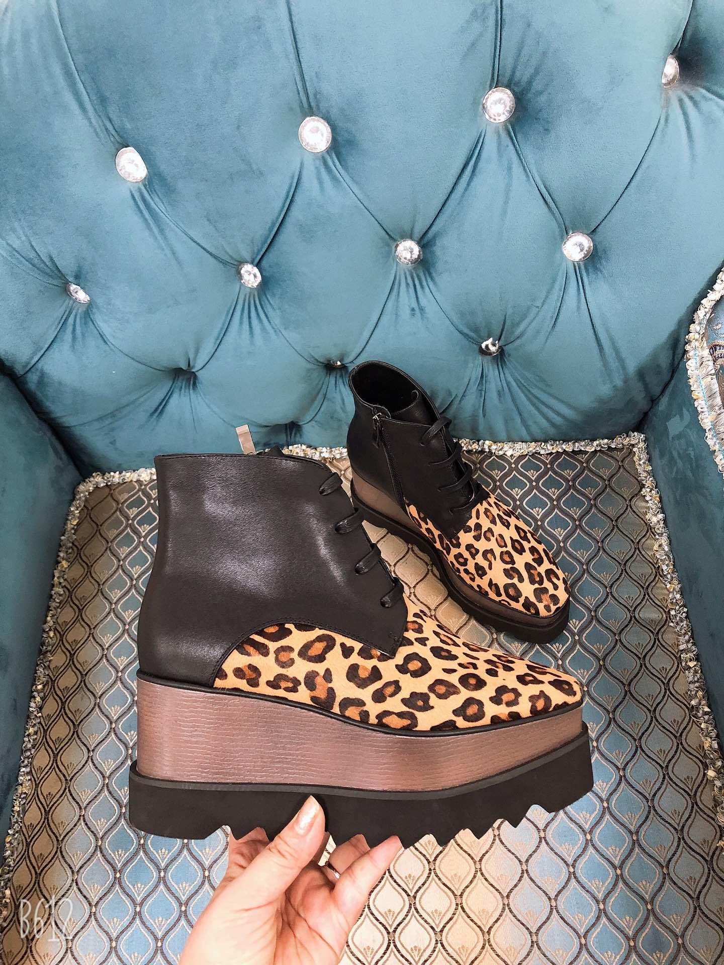 欧美外贸2019秋冬季新款马毛松糕鞋厚底真皮豹纹女靴系带平底短靴