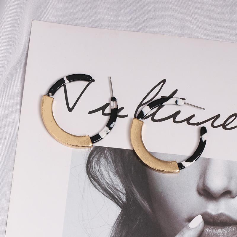 Womens C-shaped plastic / resin Earrings JJ190505120229