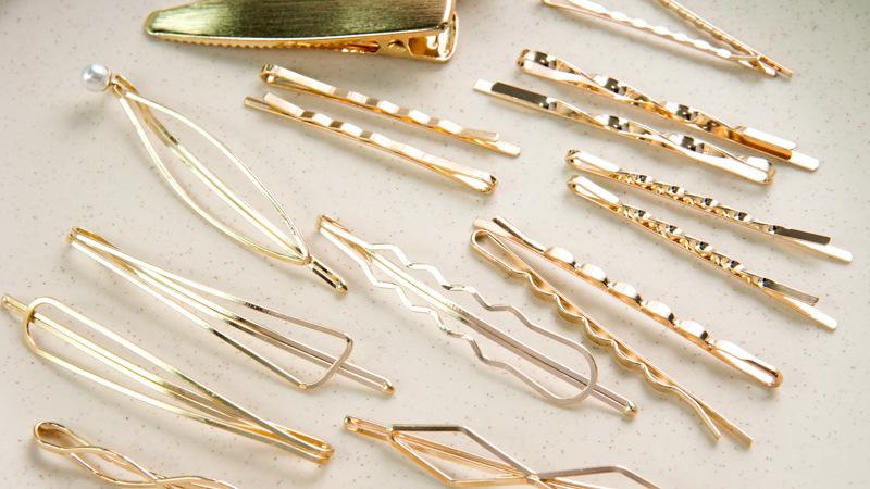 Metal Pearl Gold Hairpin  NHGE277667