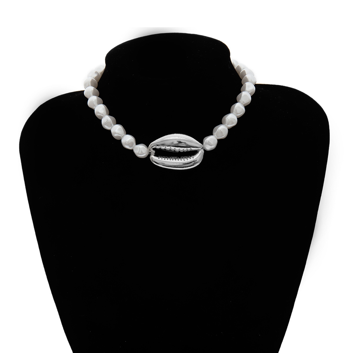 Simple Beaded Necklace Women's Wild Short Shaped Pearl Large Shell Necklace NHXR192419