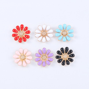 Factory direct creative diy mobile phone case jewelry accessories small chrysanthemum sunflower mobile phone beauty jewelry small gifts