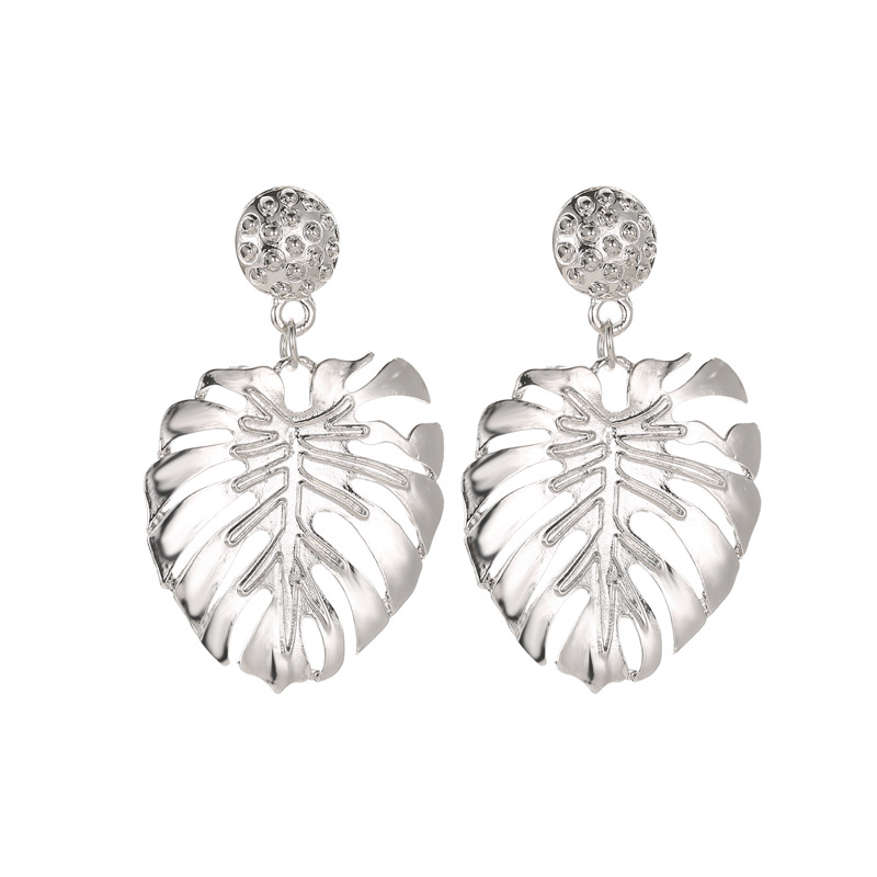 Fashion leaves hollow feather stud earrings NHCU146601