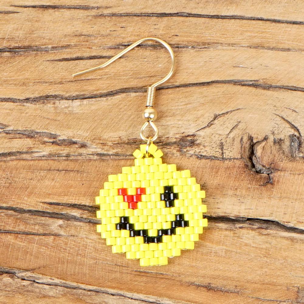 Boho Korean Fashion Earrings Miyuki Mizhu Hand Knitting Emoji Lady Ear Hook NHGW194298
