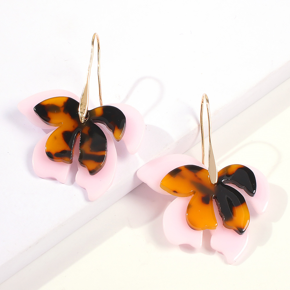 European and American street shooting with the same paragraph fashion design acrylic resin geometric flowers leaves earrings long earrings NHMD175908