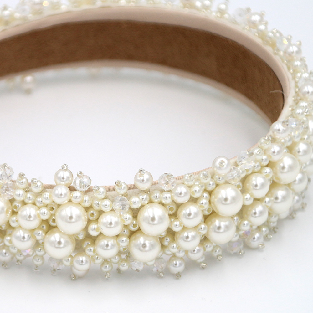 The new exquisite baroque fashion hair accessories headband hand-stitched pearl headband suppliers china NHCO202650