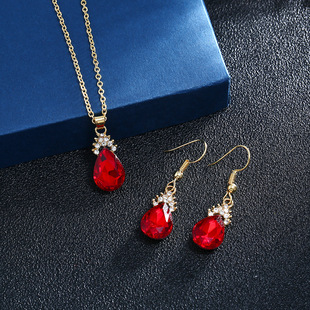 European and American earrings, necklaces, jewelry sets, new diamond-studded water drop crystal necklaces, cross-border e-commerce boutique sources