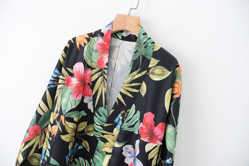 Flower Print Bat Sleeve Thin Loose Suit Jacket NHAM151623