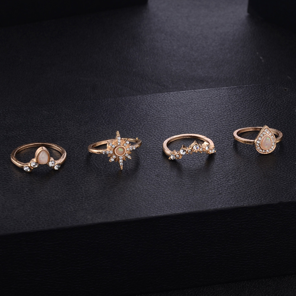10-piece ring with diamond and crown combination ring NHPV189092