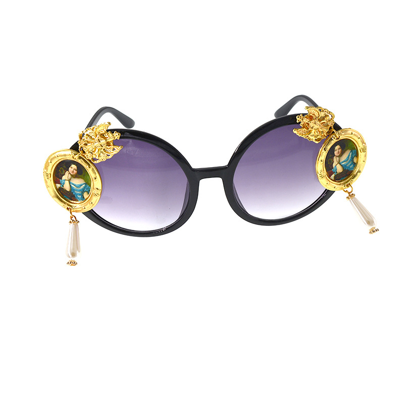 New Baroque Sunglasses Portrait Retro Oil Painting Exaggerated Pearl Sunglasses NHNT203555