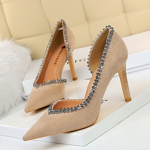 6678 - A1 European and American wind sexy side hollow out the stiletto heel suede shallow pointed mouth side hollow out