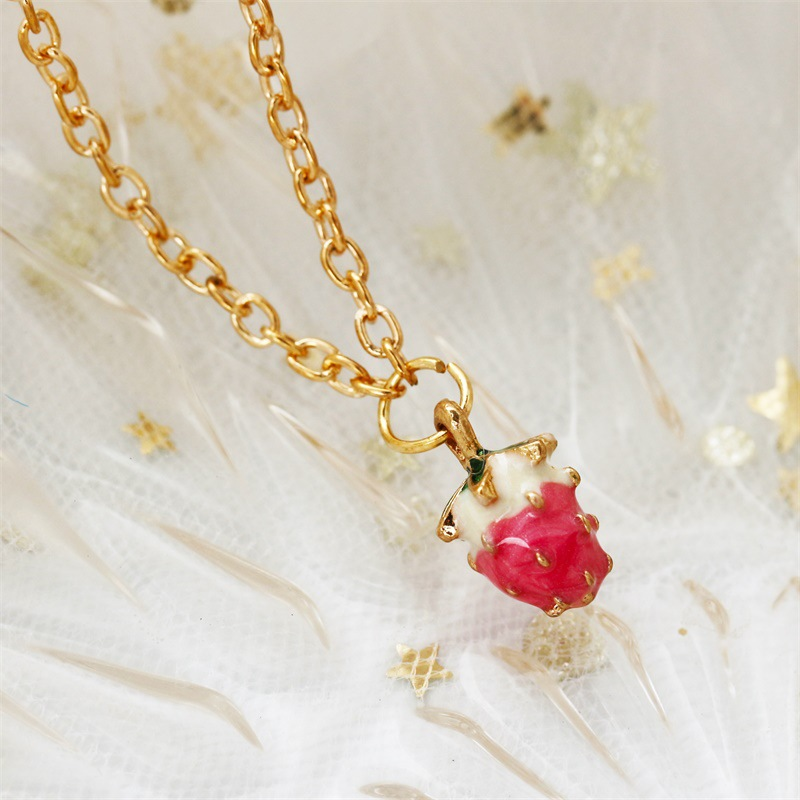 Super cute strawberry necklace delicate long fringed clavicle chain Korean item jewelry wholesale NHDP203071