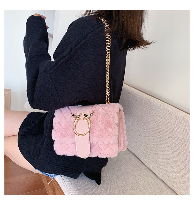 Fashion one-shoulder chain plush messenger bag NHLD158042